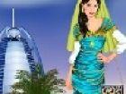 Dieses Mädchen ist in Dubai, kleiden sie sich in Dubai Stil! Wählen Sie schö
