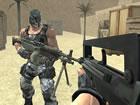 Bereite dich auf extreme Gewalt und Blut vor und benutze ein großes Waffe