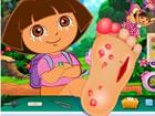Dora hat schwere Fußverletzungen und es gibt keine Möglichkeit, ihre