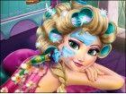 Schließen Sie sich der glamourösen Eiskönigin auf einem Berg-Resort und ihr