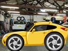 Stellen Sie sich vor, Sie befinden sich in einer Garage mit fantastischen Autos