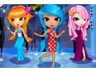 Luna wird eine Partei mit ihren Freunden teilzu...