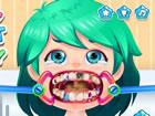 In der Lustiger Zahnarzt Chirurgie hat unsere Freundin Leah mehrere Karies in d