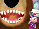 Dies ist ein lustiges Zahnklinikspiel, das Martha und Bären-Comicfiguren k