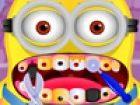 Die niedlichen Diener hat große Zähne Probleme, so dass er zum Arzt