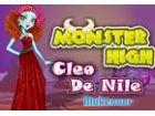 Das Monster Mädchen ist immer bereit, für ein...