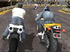 Motorradrennen im Bergland östlich der Stadt beginnen in wenigen Sekunden. Die