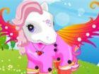 Die Prinzessin wird über den Himmel mit ihrem niedlichen Pony fliegen! Lily is