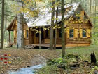 Ein Fluchtspiel, das Sie in ein rustikales zeitgenössisches Haus führ