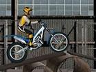 Überwinde Hindernisse auf deinem Motorrad in Trials Ride.\r\n