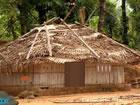 Stellen Sie sich vor, jemand ist in diesem Verlassene Stämme Dorf eingespe